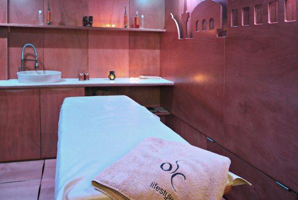 Esagono arredamenti cabine e complementi d 39 arredo per for Arredamenti centri benessere spa